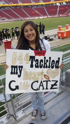 Football gifts for boyfriend i want to make all of these my pins boyfriends poster ideas . football gifts for boyfriend Football Signs, Football Cheer, Football Season, Football Couples, Team Cheer, Softball, Football Player Boyfriend, Football Girlfriend, Basketball Posters