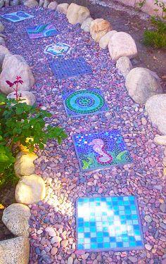 Mosaic Stepping Stone Pathway