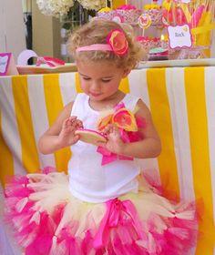 Painel de inspiração rosa e amarelo + Festa infantil | Andrea Velame Blog