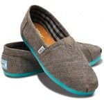 i've never owned toms but they look awesome online!