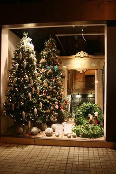 Escaparate Navidad de la tienda  www.miriamzulategui.com