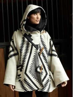 Pendleton Woolen Mills: LOS OJOS CLOAK......I would possibly sell my body for this classic, timeless wardrobe piece.