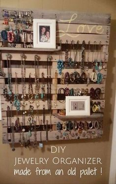 """DIY jewelry wall hanger made with pallet wood - brilliant! Smart idea for the """"tween"""" girl's room! jewelry organizer diy Pallet Projects Easy DIY Ideas for Old Pallet Wood Pallet Crafts, Diy Pallet Projects, Wood Projects, Woodworking Projects, Pallet Ideas For Home, Outdoor Projects, Woodworking Shop, Woodworking Plans, Pallet Ideas For Outside"""