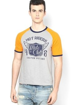Add an extra dose of style wearing this grey coloured regular-fit T-shirt by Incult. Hook up with comfort and roll with time as you adorn this T-shirt fashioned using jersey. Team this T-shirt with distressedjeansand leather sandals for a relaxed and cool look.    Type Round Neck T-Shirts   Fabric Jersey   Sleeves Half Sleeve   Neck Crew Neck   Fit Regular   USP TRENDY CONTRAST HALF SLEEVE SLUB JERSEY CREW NECK T SHIRT WITH CHEST PRINT & CONTRAST RIB
