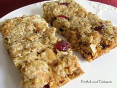 My kids requested more homemade granola bars for their school snacks so I decided to make them another batch. This time they wanted white chocolate and coconut. Breakfast Bars, Breakfast Dessert, Dessert Bars, Breakfast Recipes, Breakfast Cookies, Breakfast Ideas, Gourmet Recipes, Snack Recipes, Dessert Recipes