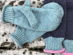 Garnomeras enkla vantar! – garnomera Knitted Mittens Pattern, Crochet Mittens, Crochet Pattern, Knitted Hats, Knit Crochet, Knitting Projects, Fingerless Gloves, Arm Warmers, Hand Knitting