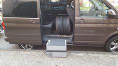Die Kühlbox CoolFreeze CF40. Das Beste, was wir in Sachen mobile Kühlung getestet haben. Der Stromverbrauch ist sehr gering, minimale Betriebsgeräusche, einfach zu bedienen und sehr viel Platz.