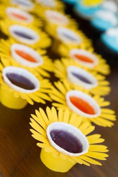 You are my Sunshine Birthday Party Ideas Sunflower Party Themes, Sunflower Birthday Parties, Sunshine Birthday Parties, 21st Birthday, First Birthday Parties, Birthday Party Themes, First Birthdays, Sunflower Baby Showers, Bee Party