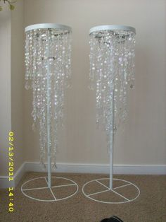 Wedding Decorations On A Budget Lights Diy Chandelier 39 Ideas - Kronleuchter Decoration Buffet, Wedding Decorations On A Budget, Bling Wedding Centerpieces, Wedding Reception On A Budget, Masquerade Centerpieces, Feather Centerpieces, Wedding Planning, Wedding Ideas, Beaded Chandelier