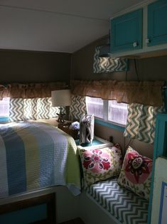 71' Shasta Camper decor - Looks granny-comfy to me. Just my style.