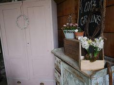Parížankou na víkend: Ružová skriňa už v altánku