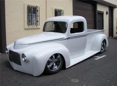 1946 FORD CUSTOM PICKUP - Barrett-Jackson Auction Company - World's Greatest Collector Car Auctions