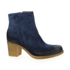 marque #DONNA_PIU modèle DOLINE couleur #Bleu  Fiche produit : http://www.bessec-chaussures.com/chaussures-femme-donna-piu-bottines-et-boots-doline-bleu.html  Disponible en ligne www.bessec-chaussures.com et dans les magasins #Bessec chausseur depuis 1862