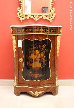 #antiquariato #arredamento #credenza #francia #ottocento #arredi #vintage #furniture #palazzotorlo
