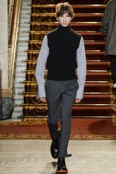 http://www.vogue.com/fashion-shows/fall-2016-menswear/pringle-of-scotland/slideshow/collection
