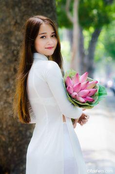 Áo dài nữ sinh Quỳnh Lê 01