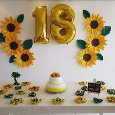 The Sunflower decoration caters to various types of party, older people, 15 years and even tea revelation, this is a much sought after topic. Sunflower Birthday Parties, Sunshine Birthday Parties, Sunflower Party, Birthday Party Games, Graduation Party Themes, Diy Birthday Decorations, 14th Birthday, Do It Yourself Home, Diy Crafts For Kids