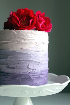 Cake somehow looks even better with ombre icing.