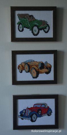 haft-krzyzykowy-trzy-stare-samochody