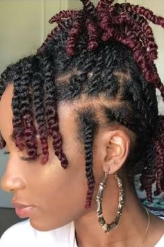 Twist on natural hair as a protective style. Short Locs Hairstyles, Flat Twist Hairstyles, Protective Hairstyles For Natural Hair, Natural Protective Styles, Protective Style Braids, Natural Afro Hairstyles, Simple Hairstyles, Natural Hair Flat Twist, Natural Hair Braids