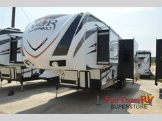 New 2015 Forest River RV XLR Thunderbolt 300X12HP Toy Hauler Fifth Wheel at Fun Town RV | Cleburne, TX | #133920