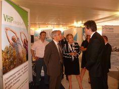 Madame Delaunay, Ministre déléguée auprès de la ministre des Affaires sociales et de la Santé, chargée des Personnes âgées et de l'Autonomie, s'intéresse de près aux solutions VHP et télémédecine auxquelles participe grandement COMEATRH