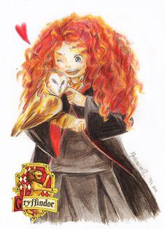 Merida Fan Art: Merida in Hogwarts Disney Hogwarts, Harry Potter Disney, Disney Dream, Cute Disney, Disney Style, Jack Frost, Disney And Dreamworks, Disney Pixar, Rapunzel