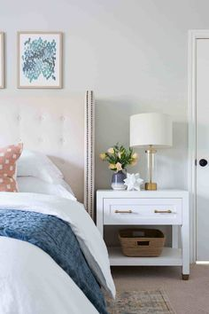 California Traditional — Lindsey Brooke Design - Tall back upholstered headboard with nailhead trim + white nightstand + basket storage + brass bedside lamp + white duvet with blue quilt White Nightstand, Master Bedroom, Bedroom Decor, White Duvet, Bedroom Night Stands, Bedside Lamp, Home Decor Fabric, My New Room, Bed Sets