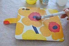 ダイソーの液でスマホの手帳型カバーをデコパージュ|ちょきちょきデコパージュ日記