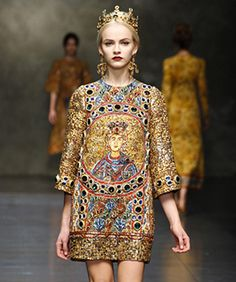 Dolce & Gabbana Does Walking Works Of Art For Fall '13 #refinery29