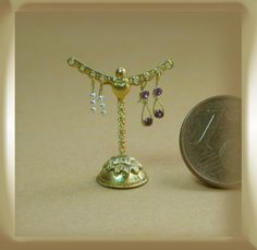 earring tree by María Lourdes Areal Cruces