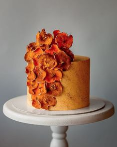 Wedding Cake Recipes luxury wedding cake designers bright orange and deep red accents - Hang on for quite a ride! This chicest, hottest, list of the most sought after luxury wedding cake designers will have you flabbergasted and bewildered. Luxury Wedding Cake, Unique Wedding Cakes, Wedding Cake Designs, Orange Wedding Cakes, Fancy Cakes, Mini Cakes, Cupcake Cakes, Cupcakes, Gorgeous Cakes