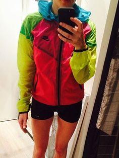 Singer Ellie Goulding is hard to miss in vibrant Nike zip-up Bright Jacket, Nike Zip Up, Nike Tech, Ellie Goulding, Rain Wear, Fashion News, Zip Ups, Nike Women, Sportswear