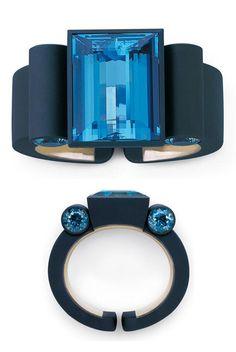 Bracelet | Stefan Hemmerle.  Iron, white gold, Aquamarines