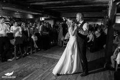 Hochzeit Wolfgangsee und Laimer Urschlag - Lisa & Chris - Foto Sulzer Blog Lisa, Concert, Blog, Pictures, Engagement, Couple, Concerts, Blogging