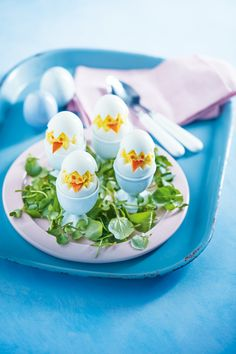 Easter chick eggs - These hard boiled egg chicks make a fun Easter treat. Recipe in our April 2017 issue.