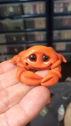 Polymer clay crab By:Canterberry Tails. So cute!