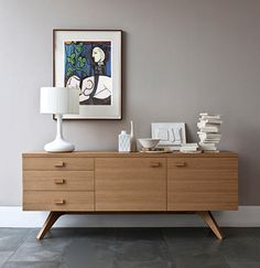 Asymmetrical sideboards exude 50s retro character.