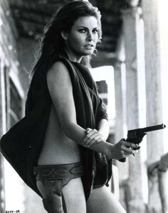 "Raquel Welch as ""Hannie Caulder"" Rachel Welch, Western Film, Western Movies, Raquel Welch 1960s, Katharine Ross, Thing 1, Dangerous Woman, American Actress, Movie Stars"
