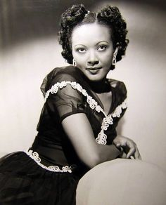 Theresa Harris, 1940s film actress. Theresa Harris (December 31, 1906 – October 8, 1985) was an American television and film actress.