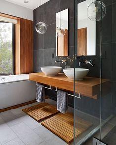 Vuelta a la rutina!! Tonos neutros con toque de madera y sigue mi obsesión por la grifería de pared Feliz día!! #baño #mibañoenruinas #bath