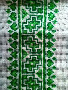 Green tone Cross Stitch Rose, Cross Stitch Borders, Cross Stitch Flowers, Cross Stitch Designs, Cross Stitch Patterns, Wool Embroidery, Hand Embroidery Stitches, Hand Stitching, Blackwork
