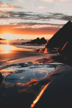 Ideas nature photography art scenery for 2019 Beautiful Sunset, Beautiful Places, Photo Trop Belle, Landscape Photography, Travel Photography, Photography Beach, Summer Nature Photography, Scenery Photography, Beauty Photography