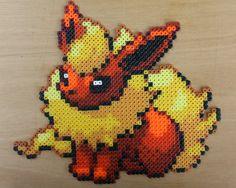 Flareon Pokemon Hama Perler Bead Sprite Red por StrepiePixelCrafts