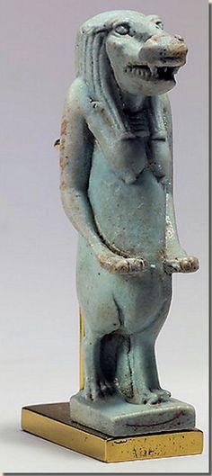 Taweret Egyptische Nijpaard Godin
