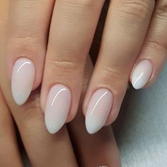 Pin by tracy on nails ongles vernis, ongles amande, ongles s Trendy Nails, Cute Nails, Milky Nails, Almond Acrylic Nails, Almond Nail Art, Almond Shape Nails, White Almond Nails, White Nail, Clean Nails