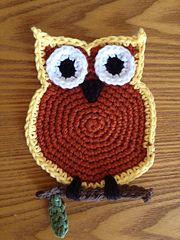 Crochet Owl Coaster free pattern. ༺✿ƬⱤღ http://www.pinterest.com/teretegui/✿༻