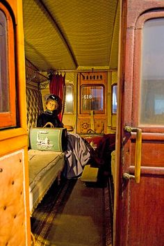 http://members.ozemail.com.au/~telica/Norway_Hamar_Railway_Museum_Main_Exhibition_Hall.html