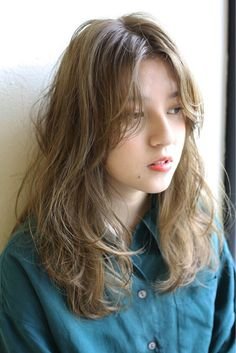 62 Ideas hair long women style curls for 2019 Medium Hair Styles, Curly Hair Styles, Natural Hair Styles, Hair Medium, Permed Hairstyles, Trendy Hairstyles, Midi Hair, Asian Short Hair, Hair Arrange