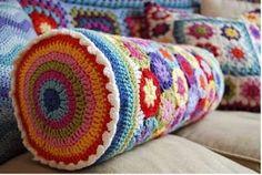 11 Hermosos almohadones tejidos a crochet (3)